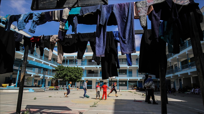 غزة تنتصر وتشهد هدوءاً حذراً مع بدء سريان اتفاق ترعاه مصر