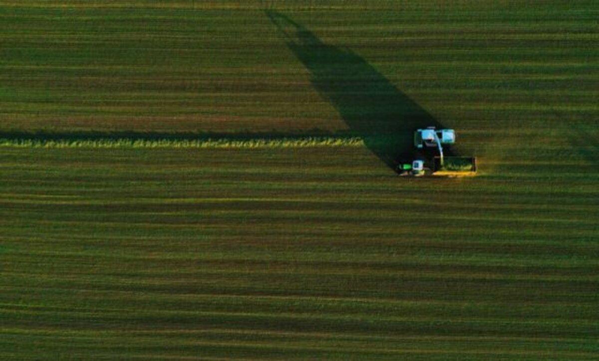 مزارع يضم أراضي فرنسية إلى بلجيكا ويثير الحديث عن أزمة حدود دبلوماسية