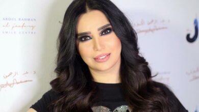 Photo of رنا الأبيض تتفاخر بقيادة سيارة فاخرة في دبي (فيديو)