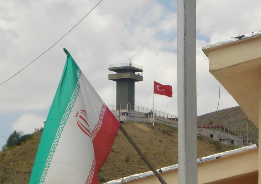 مواجهة عسكرية واسعة بين إيران وتركيا