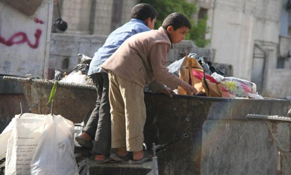 غالبية أبناء دمشق تحت خط الفقر