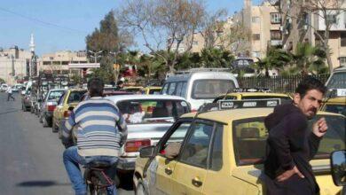 Photo of علي فرزات يروي قصة مظاهرة في دمشق بتوجيه أمني والسبب: جورج بوش وجريدة الدومري