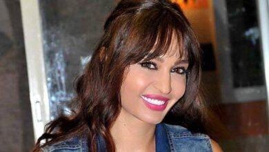 Photo of روعة ياسين تحتفل بمنحها الإقامة الذهبية من الإمارات بصورة محمد بن راشد آل مكتوم