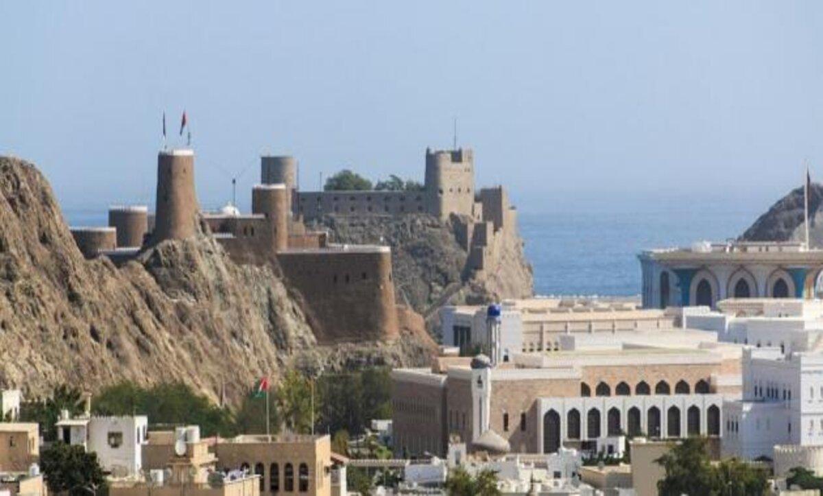 سلطنة عمان تمنح الأجانب فرصة إقامة طويلة الأمد تصل إلى 10 سنوات