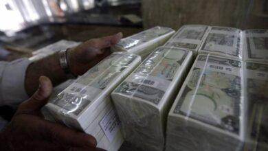Photo of صحيفة بريطانية: 3 عوامل للأزمة الاقتصادية في سوريا