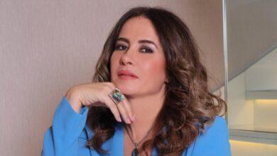 Photo of لورا أبو أسعد تعود للدراما بعد غياب 7 سنوات بعشارية روز من تأليف طلال مارديني (صورة)