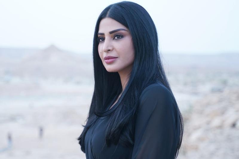 وفاة والد الفنانة السعودية ريم عبدالله والمتابعون يواسونها بالتعازي والدعاء