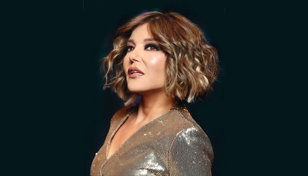 """احتفلت الفنانة سميرة سعيد بطرح أغنيتها الجديدة """"الساعة اتنين"""" مع الشاعر تامر حسين، والملحن عزيز الشافعي."""