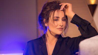 Photo of كندة حنا تبدأ تصوير مسلسل روز وتنشر صورًا جديدة لها (صور)