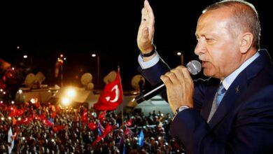 Photo of أردوغان في ذكرى الانقلاب الفاشل: علم تركيا سيبقى مرفرفاً و الأذان سيظل مسموعاً في سمائها (فيديو)