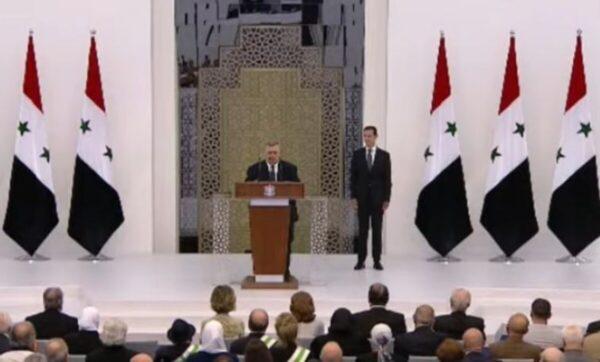 بشار الأسد يؤدي اليمين الدستورية ويواصل الحديث عن مؤامرات خارجية (فيديو)