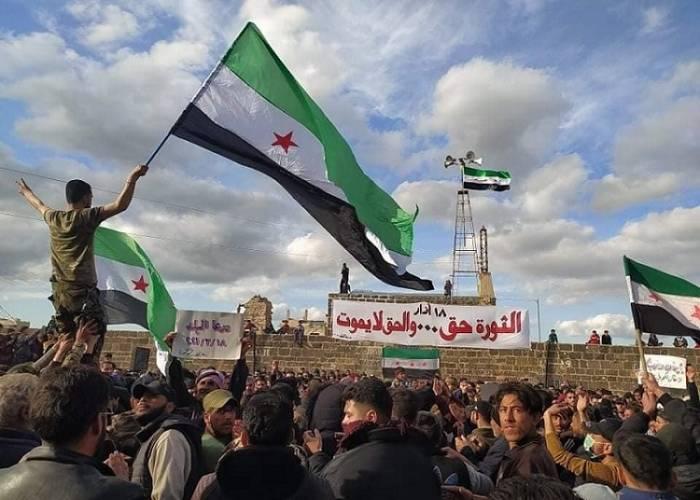 درعا تعيد عقارب الساعة للوراء بعد تحذيرات من حملة عسكرية جديدة