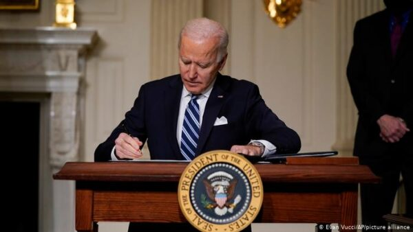 الولايات المتحدة تنفذ عملية عسكرية هي الأولى من نوعها في عهد بايدن