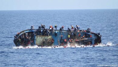 Photo of تركيا تعلن إنقاذ لاجئين سوريين في اليونان إثر غرق مركبهم خلال توجههم إلى إيطاليا