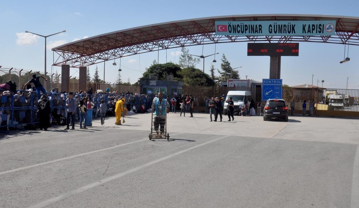 إعلان هام من معبر باب السلامة بشأن إجازات العيد في سوريا