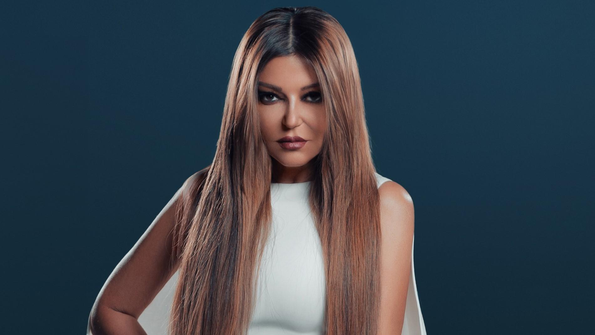 سميرة سعيد وأغنية مون شيري تحقق مشاهدات قياسية خلال وقت قصير