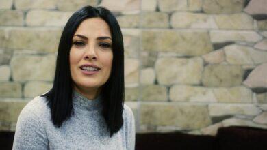 Photo of ميس حرب: لم أهاجر من سوريا.. وعائلتي لها الأولوية في حياتي (فيديو)