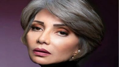 "Photo of سوسن بدر تلفت الأنظار بجلسة تصوير بالأبيض والأسود وتعلق باقتباس من ""الحكيم بوذا"""