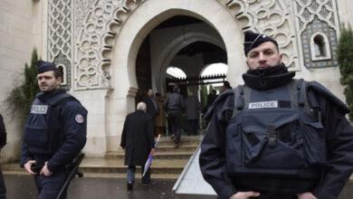 Photo of فرنسا تقيل إمام مسجد لتلاوته آيات من القرآن خلال خطبة عيد الأضحى