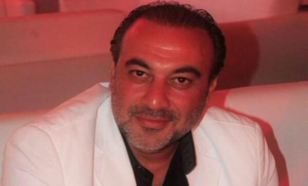 من أصول فلسطينية وعائلة فنية، انتشرت أنباء عن زواجه بالفنانة رنا الأبيض.. قصة الفنان السوري وائل أبو غزالة