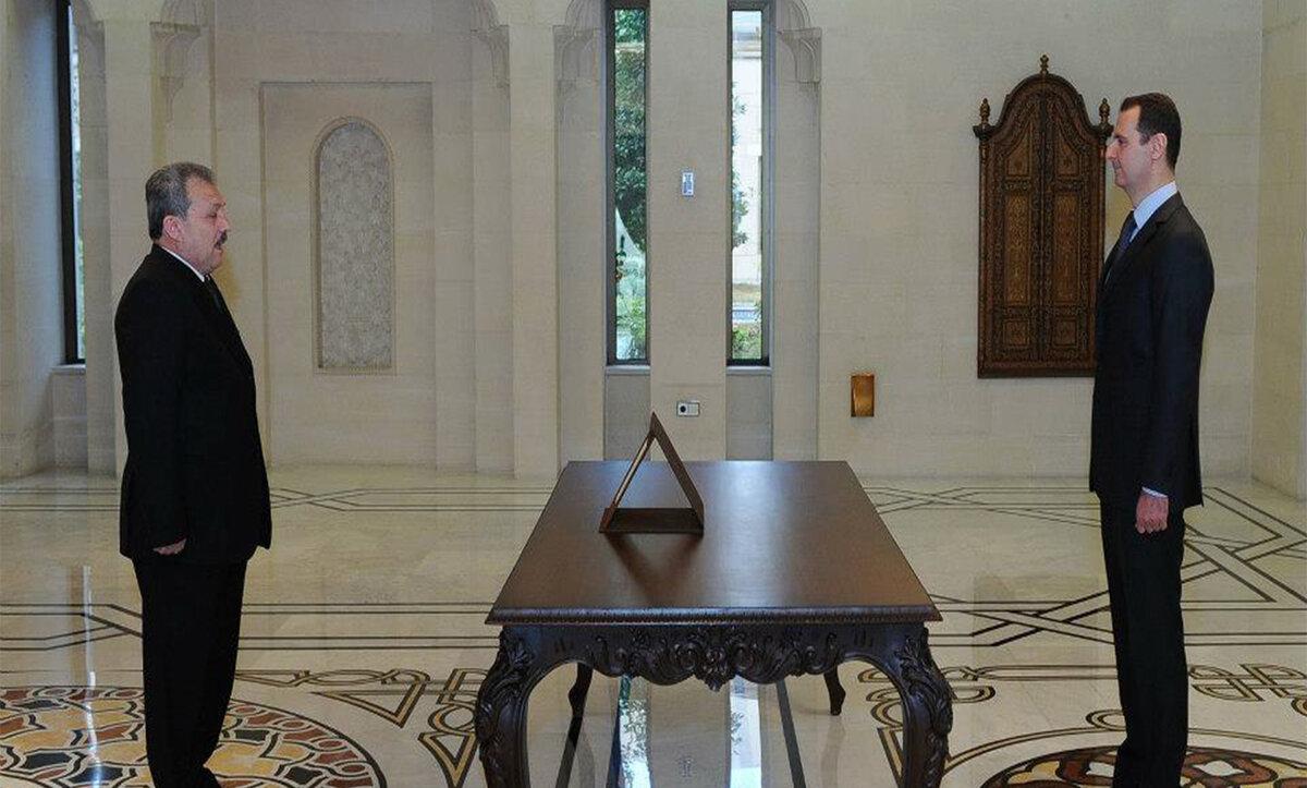 #بشار_الأسد يعلن أسماء الوزراء المكلفين في #الحكومة_الجديدة لمناطق سيطرته في #سوريا