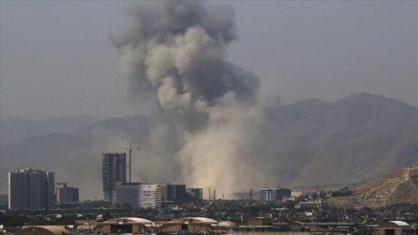 طالبان على أبواب كابل ومحادثات لتسليم العاصمة وإجراءات أمريكية تركية في أفغانستان