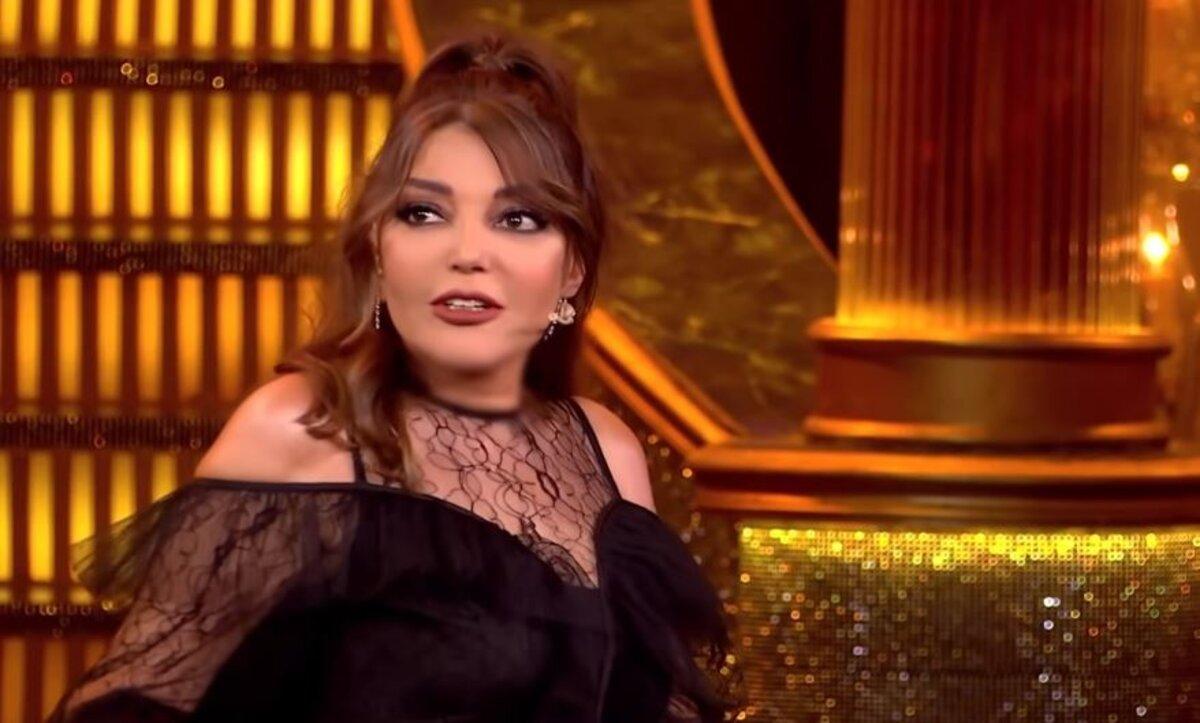 سميرة سعيد في موقف محرج بعد علمها بعلاقة ابنها العاطفية على الهواء مباشرة (فيديو)