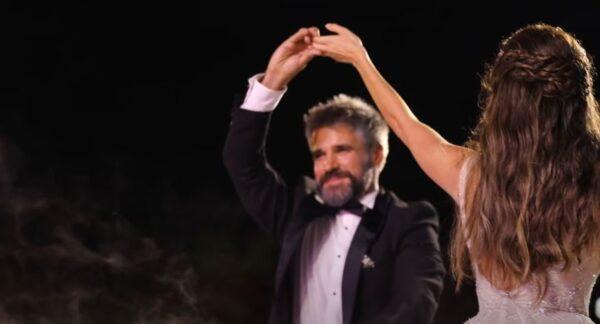 """نانسي عجرم تصدر فيديو أغنية """"حياة"""" وترفق مشاهد من زفاف شقيقها (فيديو)"""